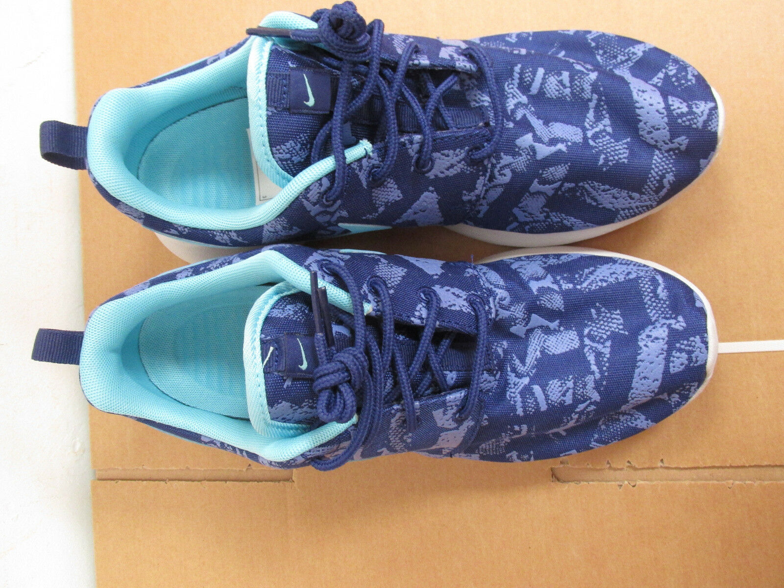 Nike Womens Roshe One Print Running Running Running Trainers 599432 440 shoes sneakers CLEARANCE 2bcb60
