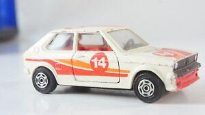 Corgi-VW-Polo-Rallye-1-36-Modellauto-Spielzeugauto-Metall-Z-474