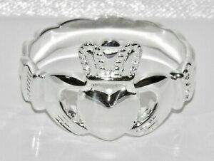 Sterling-Silver-Chunky-CLADDAGH-Ring-Celtic-Shoulders-Heavy-Men-039-s-Gent-039-s