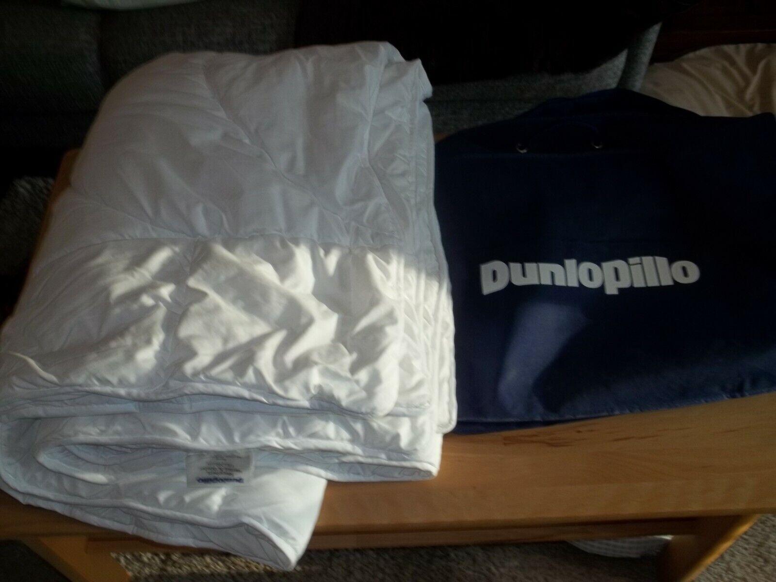 Dunlopillo Hebst / Winter Steppbett ( Neuwertig )