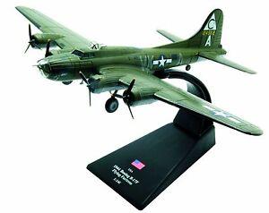Boeing-B-17F-Flying-Fortress-diecast-1-144-model-Amercom-LB-2