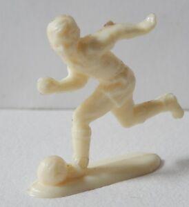 Figurine-sur-le-SPORT-50-039-FOOTBALL-joueur-sans-marque-type-DUF-CAFE-de-PARIS