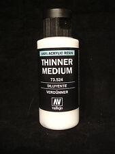 Vallejo 73.524 più sottile Medium 60ml - 100% resina acrilica