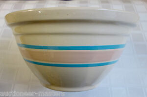 LARGE-McCoy-Pottery-12-Ovenware-Mixing-Bowl-Pink-Blue-Striped-USA-FAST-SHIP