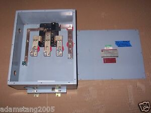 Cutler hammer ch p3p p3ptb200 200 amp 600v bus busway tap box image is loading cutler hammer ch p3p p3ptb200 200 amp 600v sciox Image collections