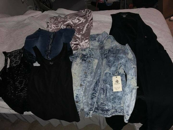 Women's clothes lot haul L XL