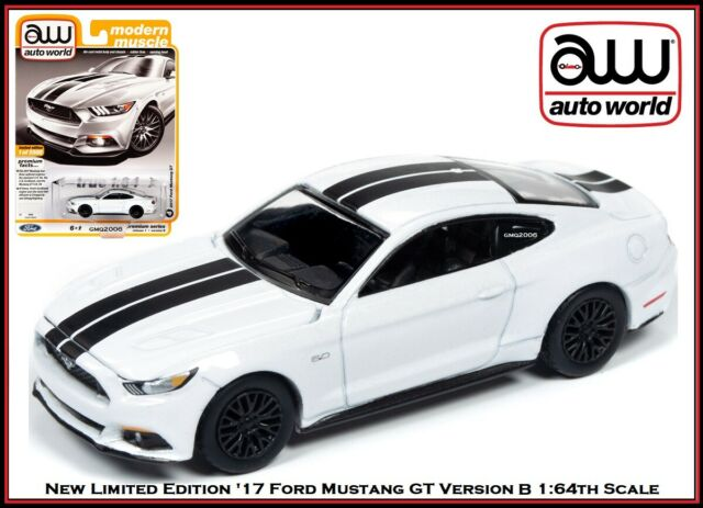 Auto World New Premium '17 Ford Mustang GT Version B 1:64th Scale Diecast Cars