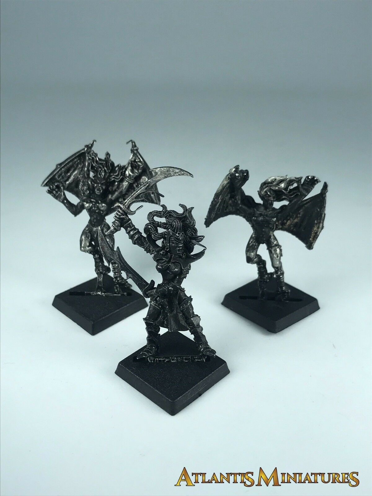 Metal Dark Elf Witch Elf + X2 Harpies - OOP - Warhammer Age of Sigmar NN122