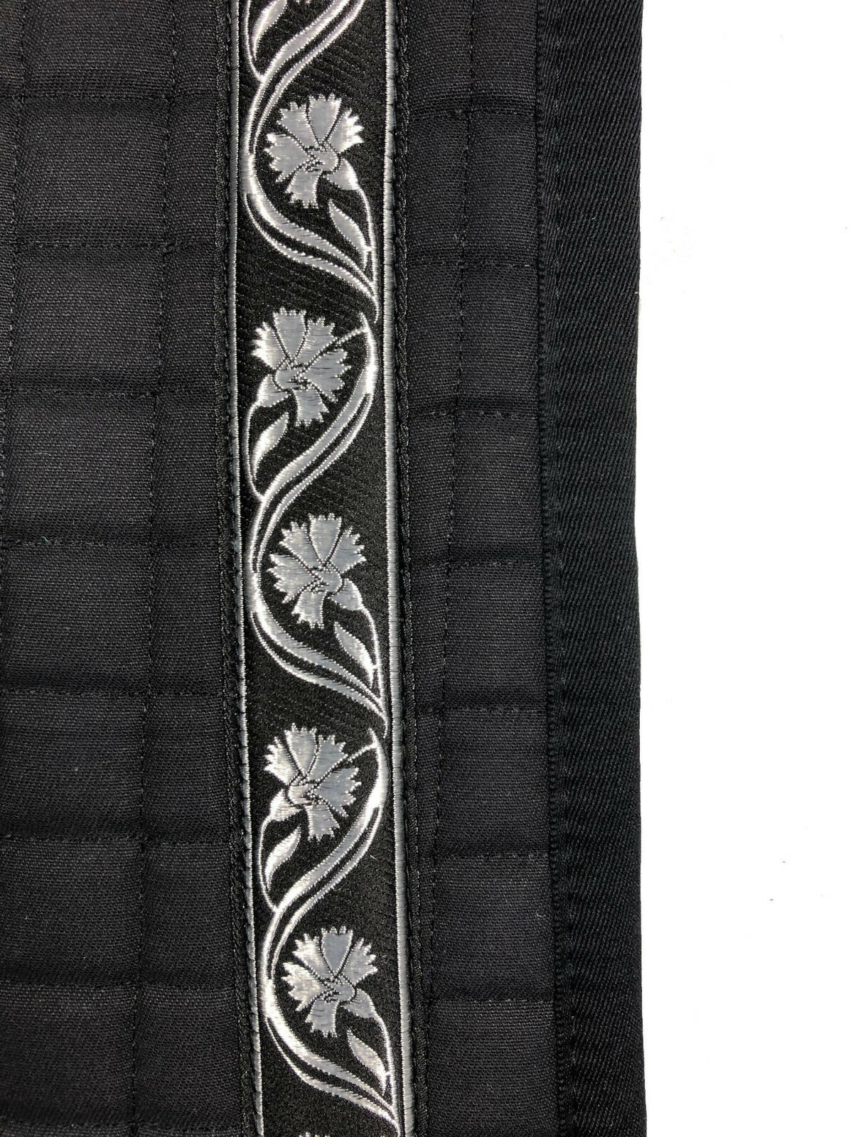 Barock Dressur Dressur Dressur Schabracke in Schwarz mit hübscher Borte in Silber 9c1b58