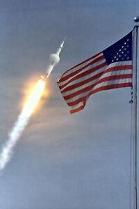 New-5x7-NASA-Photo-Apollo-11-Lunar-Landing-Mission-Launch-over-American-Flag