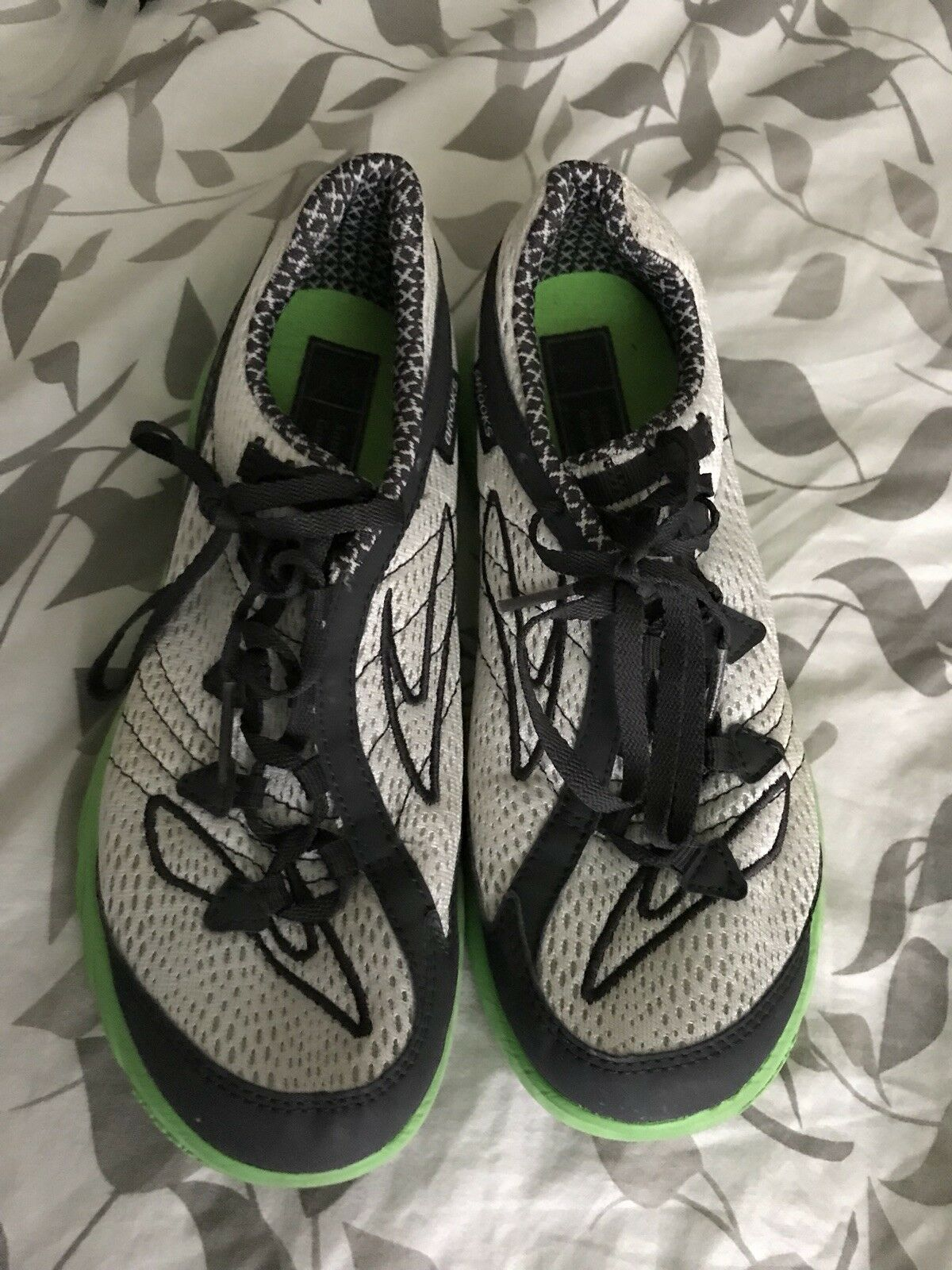 Brooks Green Silence Running Shoes Womens Size 7