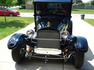 """1926 MODEL """"T"""" FORD 5 WINDOW Coupe"""