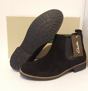 a9b91906f4b0e Image is loading CLARKS-LADIES-BLACK-SUEDE-CHELSEA-ANKLE-BOOTS-UK-