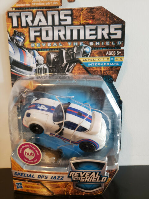 Transformers Generations: Reveal the Shield Special Ops Jazz