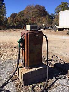Details about Vintage Gilbarco Gas Pump w Veeder-Root Meter Register