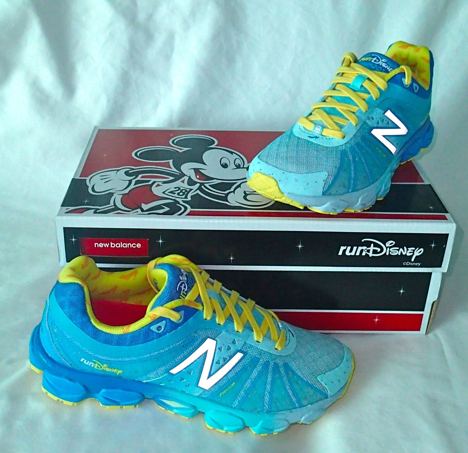 New Balance RunDisney Princess Cinderella chaussures Taille Taille Taille 5.5 NEW IN BOX 0ce79d