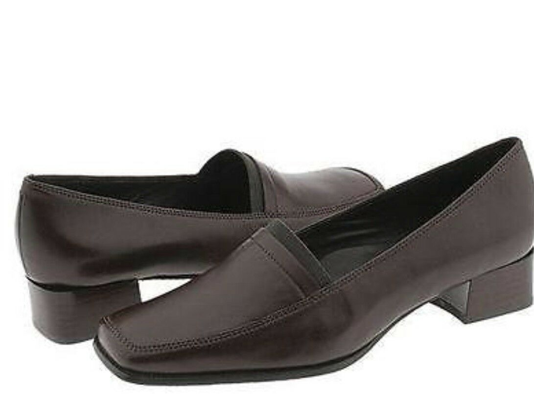 Ecco City Oslo Pump,  Coffee color, slip-on low heeled size 6 Brown