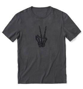 New John Varvatos U.S.A Men/'s Short Sleeve Skeleton Flames Graphic Crew T-Shirt