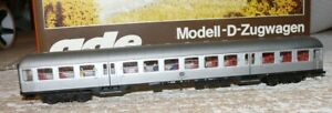 S65-Ade-B-3130-728-2-Nahverkehrswagen-2-Kl-DB-Silberling-mit-Figuren-11-777-6