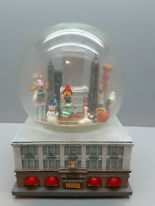 1999-Macy-039-s-Thanksgiving-Day-Parade-Musical-Snow-Globe-Snowglobe-Twin-Towers-NYC