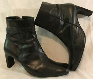 Ladies-Black-Ankle-Leather-Boots-Size-6-5-704vv