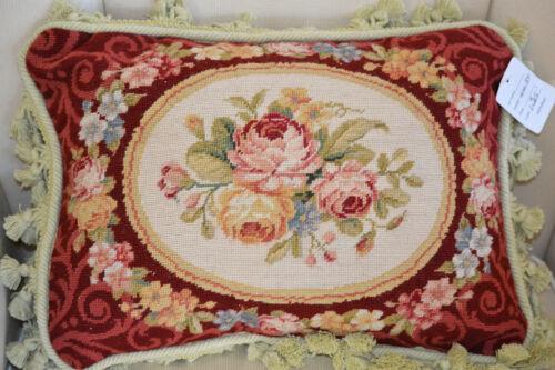 "16/"" x 20/"". Handmade Needlepoint Winter Holiday Pine Bouquet Christmas Pillow"