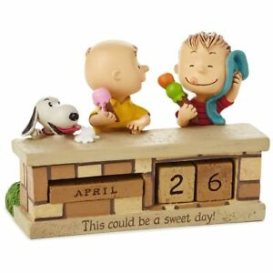 Hallmark-Peanuts-Sweet-Day-Snoopy-and-Charlie-Brown-Resin-Perpetual-Calendar-New