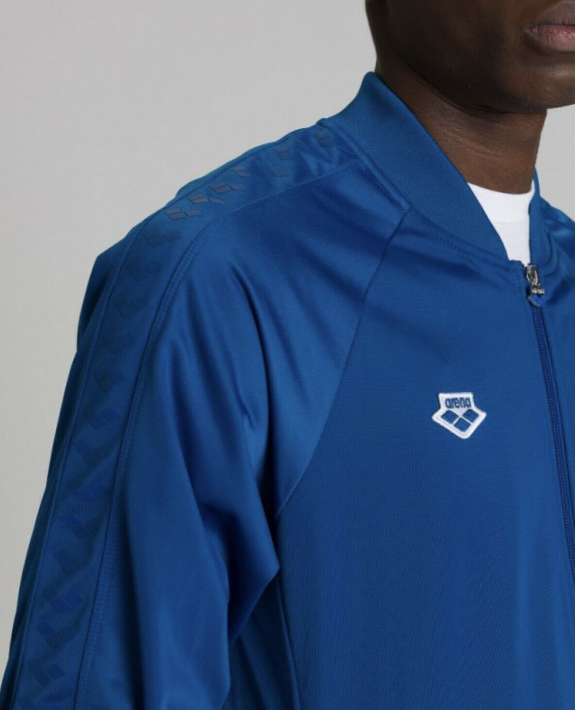 Arena relax IV team blue jacket brand new tags UK Large