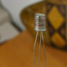 Iceo = 100uA Transistor de germanio OC71 Mullard hfe = 51