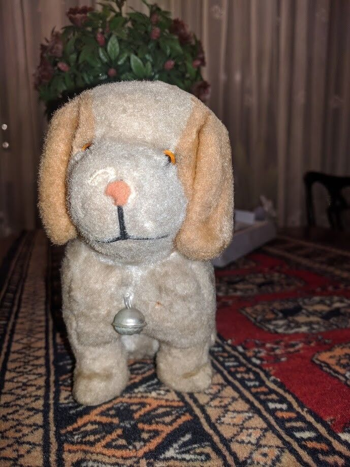 Antique Hound Dog 1930s Silk Mohair 6.5 Inch Original Bell