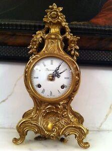 Horloge-Vieux-bronze-incruste-origine-authentique-Vintage-pour-les-connaisseurs