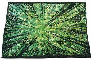 Wandbehang-WALD-Baumwipfel-Tagesdecke-Decke-Tuch-Baeume-unten-135x195-cm-Lichtung