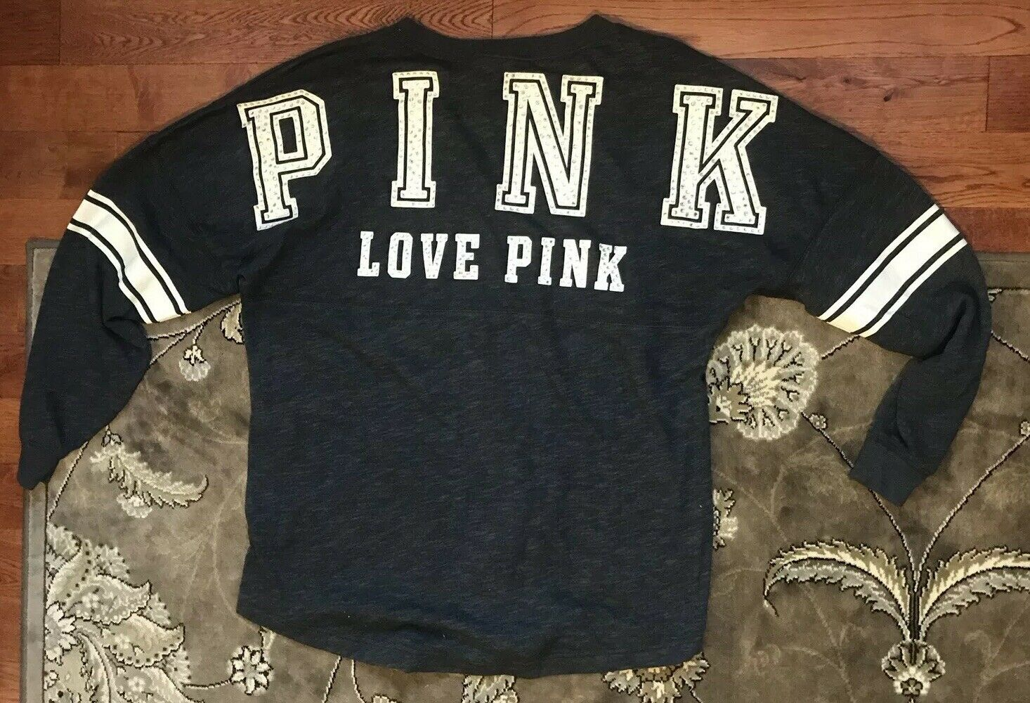 Victorias Secret Pink Varsity Crew BLING Bling Rhinestone Sparkly Size Medium