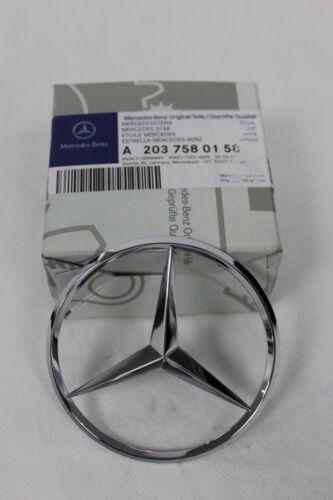 Genuine Mercedes-Benz W203 C-Clase est Trasero Arranque Emblema Insignia De Star A2037580158