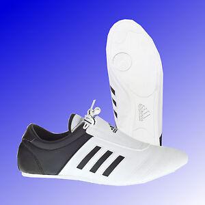 on sale 9cfe4 529ce Das Bild wird geladen Adidas-Adi-Kick-I-Taekwondo-TKD-Schuhe-Sneaker-