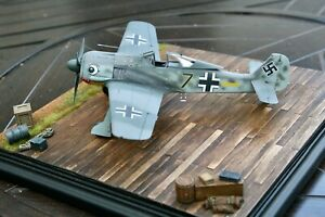Built-1-48-WWII-German-FW-190-A-2-with-Hand-Painted-Markings