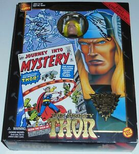 Figure de Thor ~ signé Joe Sinnott ~ Larry Lieber ~ 1998 ~ Covers célèbres ~ Marvel Comics