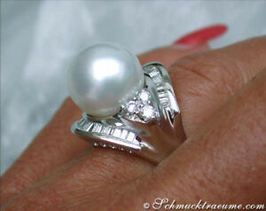 Angemessen Sensationell: Stattlicher Südseeperle Ring Mit Brillanten 1.32 Ct. Wg 750 9.360€ Herausragende Eigenschaften