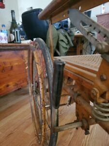 antique-wood-and-wicker-wheelchair