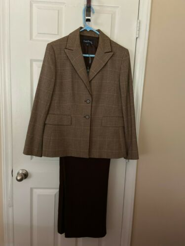 Womans Evan Picone Brown Plaided Mixed Sized  Pant