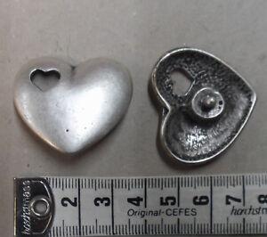 4 Stück; Farbe Altsilber #4112# Nietteil Herz In Herz Romantisch Zierniete