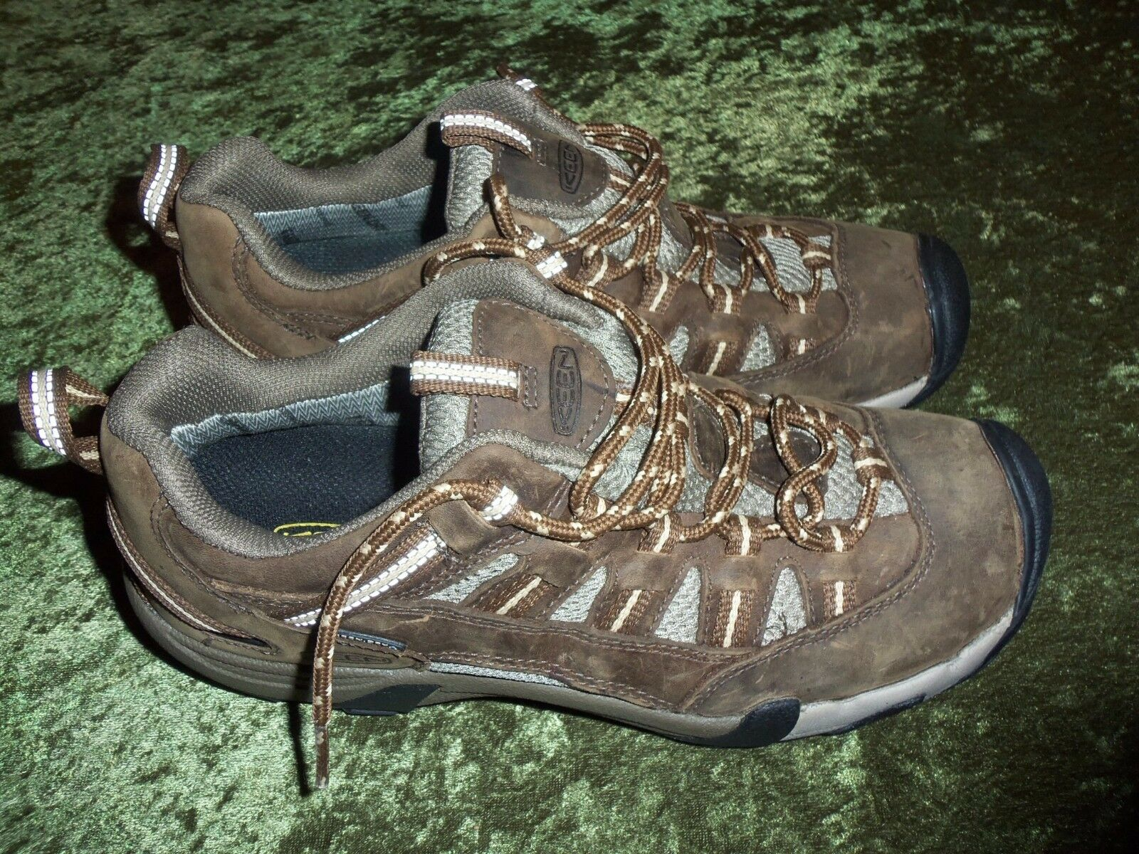 femmes  Keen Dry Waterproof leather hiking  chaussures  Taille 9.5 MINT