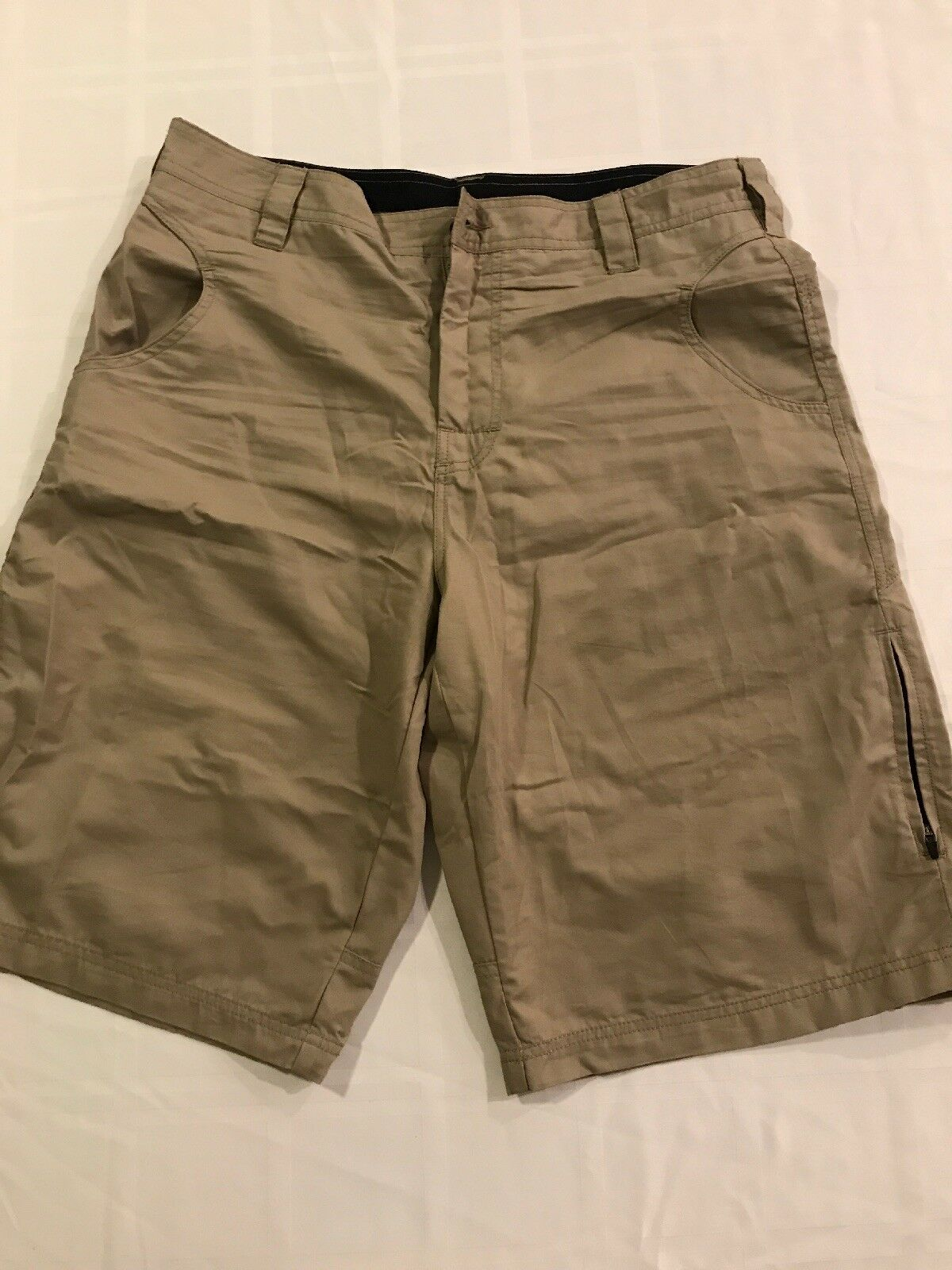 PrAna Mens Lg Outdoor Hiking Shorts Beige Flat Front Cotton Poly Blend TS8