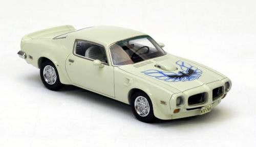 Merveilleux MODELCAR Pontiac Firebird Trans Am 1973 Blanc
