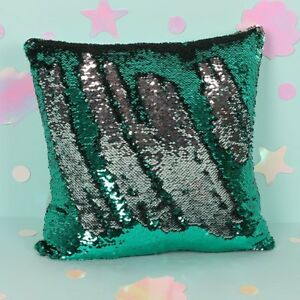 40cm-Emerald-Green-amp-Silver-Reversible-Sequin-Filled-Decorative-Cushion