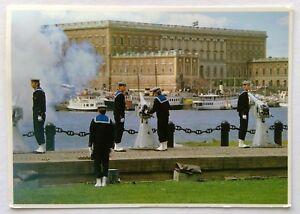 Stockholm-Kunglig-salut-Royal-Salute-1985-Postcard-P262