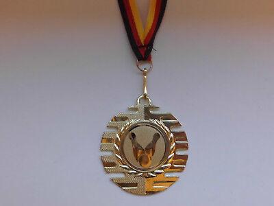 Fußball Pokal Kids 200 x Medaillen mit Deutschland-Bändern Turnier Emblem Ball
