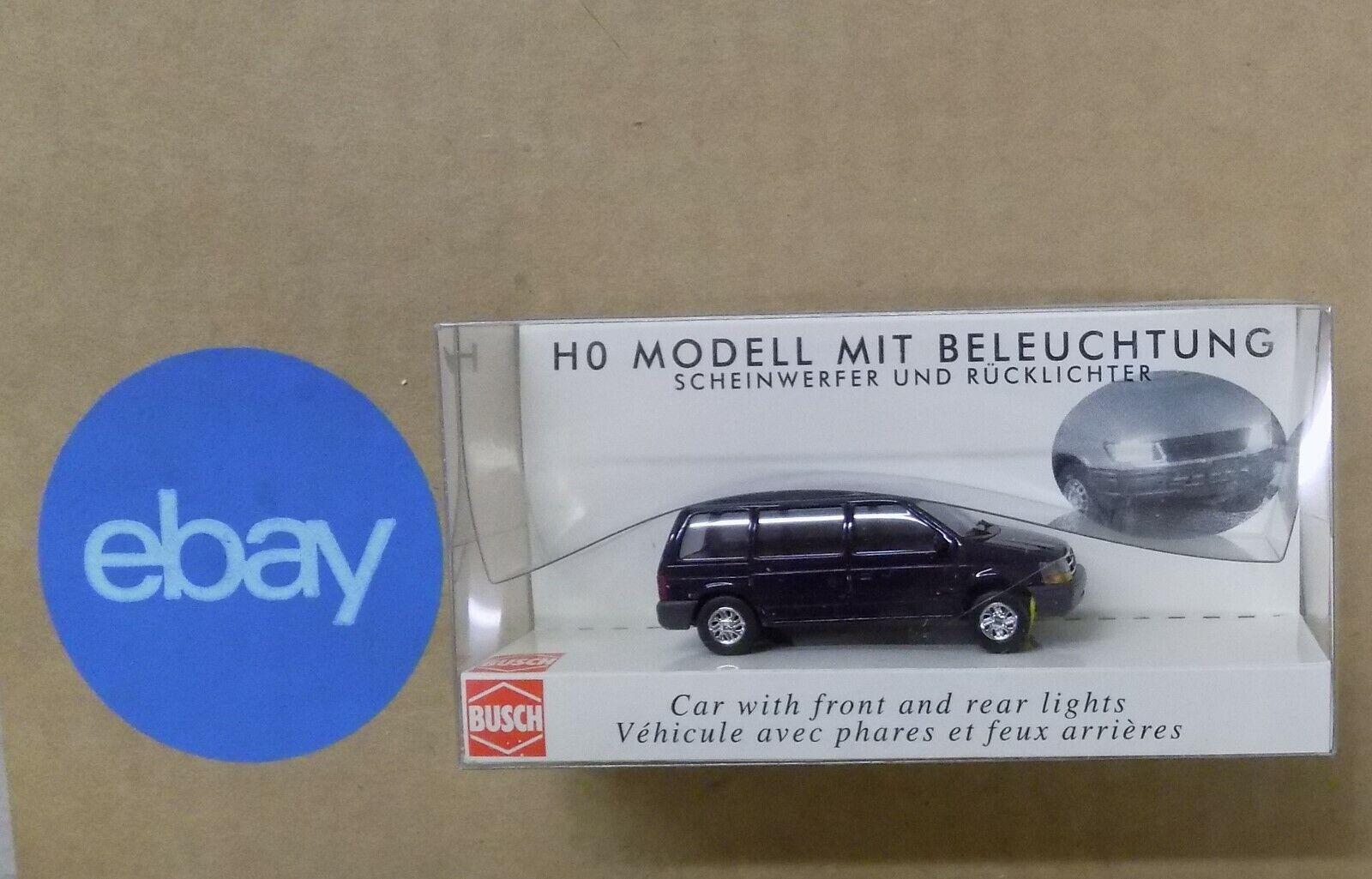 Busch-5658 H0 PKW Chevrolet Blazer beleuchtet
