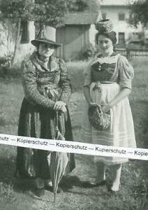 Lenggries : Paar in alter Lenggrieser Tracht - um 1930               W 13-25