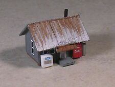 N Scale M of W Fishing Camp Office Shed